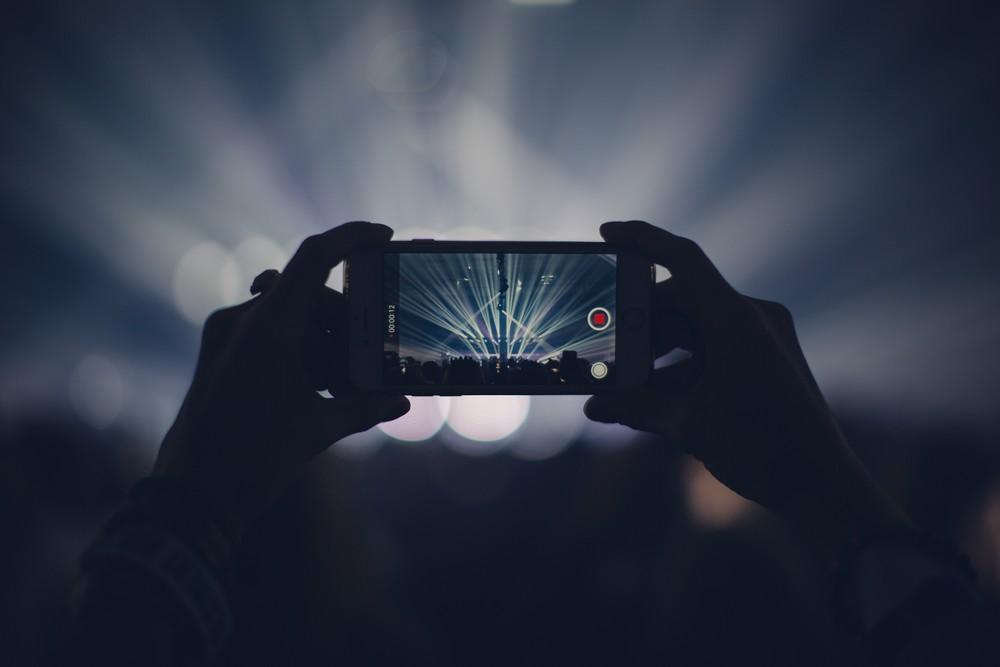 De nieuwe iPhones maken – met vertraging - hun opwachtin